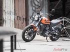 Vì sao Ducati Sixty2 có động cơ nhỏ bằng một nửa, nhưng chỉ rẻ hơn Scrambler 40 triệu?