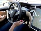 Tính năng tự động lái của xe Tesla lập công lớn, cứu mạng chủ nhân