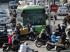 Buýt nhanh BRT bị xe máy