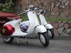 Xe máy điện có kiểu dáng giống Vespa cổ khiến cư dân mạng Việt tò mò