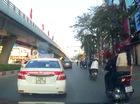 Gây sự giữa đường vì tạt đầu taxi bất thành