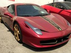 """Hàng hiếm Ferrari 458 Italia phiên bản """"rồng"""" phủ bụi tại Trung Quốc"""