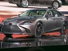 Cận cảnh vẻ đẹp xuất sắc của Lexus LS 2018 ngoài đời thực