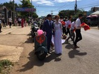 """Vespa cổ cùng 15 chiếc mô tô """"khủng"""" rước dâu tại Đồng Nai"""