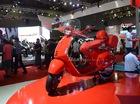 """""""Siêu phẩm"""" Vespa 946 màu đỏ rực có giá 405 triệu Đồng tại Việt Nam, đắt hơn cả Kia Morning"""
