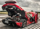 Xem siêu xe triệu đô không hộp số Koenigsegg Regera biến hình như rô-bốt
