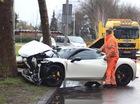 """Đâm vào gốc cây, Ferrari 458 Italia """"nát đầu"""""""