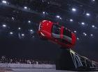 Phía sau cú bay lộn vòng lập kỷ lục thế giới của Jaguar E-Pace