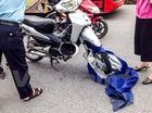 Hà Nội: Ngã trọng thương do áo mưa cuốn vào bánh xe