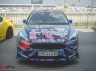 """Ford Focus dán decal """"tắc kè hoa"""" tại Sài Gòn"""