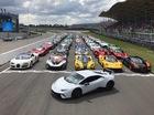 """""""Đại tiệc"""" siêu xe ở trường đua TT-Circuit Assen Hà Lan"""