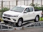 Toyota Hilux thêm cơ hội thoát ế tại Việt Nam