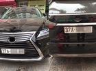 """Lexus RX350 bị """"vặt"""" logo khi gửi qua đêm tại chung cư ở Hà Nội"""