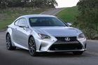 Lexus khiến khách hàng bối rối với những thay đổi của RC 2018