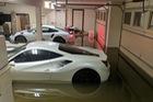 Cặp đôi Ferrari và Porsche tiền tỷ