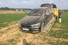 Đây là một trong những chiếc BMW M760Li 2017 đầu tiên gặp nạn trên toàn thế giới