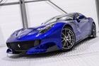 Hàng hiếm Ferrari F12tdf sở hữu ngoại thất lạ mắt được rao bán với mức giá