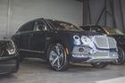 Diện kiến Bentley Bentayga màu lạ tại Việt Nam
