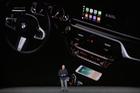 iPhone 8 và iPhone X có thể sạc không dây trên những ô tô nào?