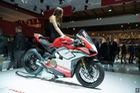 Mô tô đẹp nhất thế giới Ducati Panigale V4 lộ giá và chủ nhân 18 tuổi tại Việt Nam