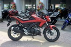 Cận cảnh lô xe côn tay Yamaha V-Ixion R 2017 mới về Việt Nam, giá hơn 70 triệu Đồng