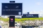 BMW muốn trêu tức Audi bằng biển quảng cáo nhưng gặp