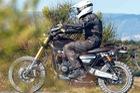 Triumph Scrambler 1200 - Mẫu mô tô mới dành cho người mê off-road bất ngờ xuất hiện trên đường