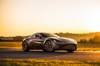 Aston Martin lên kế hoạch ra mắt xe thách thức McLaren P1