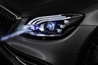 Mercedes-Benz Digital Light: Tương lai của đèn pha ô tô?