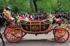 Những dòng xe được sử dụng trong đám cưới hoàng gia Anh