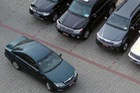 Chi hơn 1.000 tỉ đồng mua mới xe công trong năm 2017
