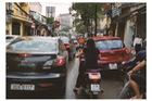 Tâm thư ngày nắng nóng 40 độ: Ô tô ơi hãy trả lại làn đường cho xe máy