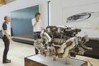Riêng động cơ Bugatti Chiron đã nặng bằng một nửa siêu xe LaFerrari