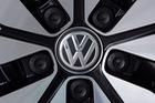 Volkswagen nhận khoản phạt đầu tiên tại Đức sau scandal xe diesel kéo dài 3 năm
