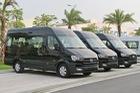 Chênh hơn 160 triệu đồng, Hyundai Solati có gì vượt trội hơn Ford Transit để chiều thượng đế Việt?