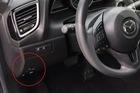 Tự độ nút mở cốp điện trong xe Mazda3 với chi phí chưa đến 40.000 đồng