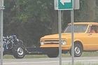Chiếc bán tải Chevrolet độ tráo đầu đuôi độc nhất vô nhị