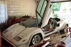 Ông nội để quên siêu xe Lamborghini phủ bụi gần 2 thập kỷ, cháu trai bất ngờ khi tìm thấy