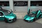 Cặp đôi Lamborghini xanh ngọc hào nhoáng tới... nhức mắt