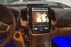 Đánh giá màn hình kiểu Tesla cho xe Toyota: đa dạng tính năng, hiển thị chưa tốt