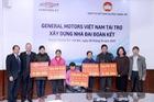 GM Việt Nam trao tặng học bổng Chevrolet chào năm mới