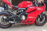 """Benelli BN302 độ lên dàn áo Ducati 899 Panigale tại Việt Nam lên """"báo Tây"""""""