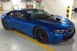 """Trước khi gây tai nạn, BMW i8 xanh ngọc đã """"thay áo"""" để chơi Tết"""
