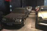 Bộ sưu tập Mercedes-Benz nằm phủ bụi khiến nhiều người xót xa