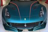 """Siêu xe Ferrari F12tdf đặt riêng của """"thánh cuồng màu xanh"""" lộ diện"""