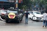 Lào Cai: Xe Mazda đâm Toyota Fortuner và Toyota Vios tại cây xăng