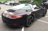 Ngất ngây với Porsche 911 Targa 4S sở hữu bộ áo màu thạch anh tím tại Thái Lan