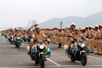 Ra quân 1.000 cán bộ chiến sĩ đảm bảo giao thông APEC