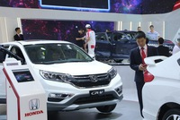 Hơn 800 triệu USD nhập khẩu ô tô từ Đông Nam Á trong 10 tháng