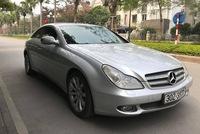 Mercedes-Benz CLS300 2010 đi hơn 51.000km bán lại giá hơn 800 triệu đồng